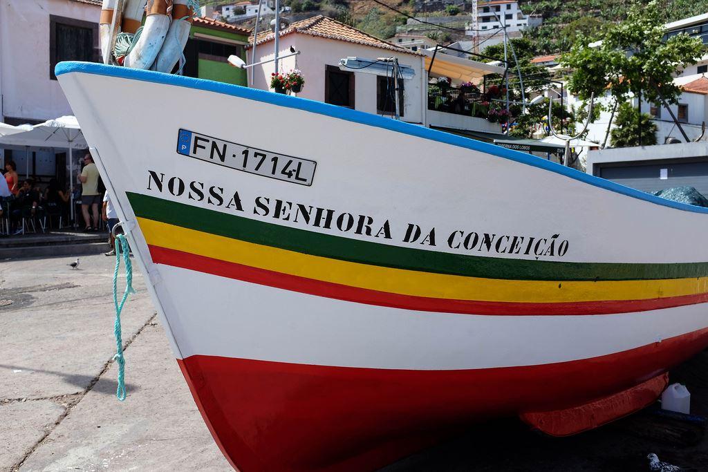 Coque d'un bateau de pêche de Madère